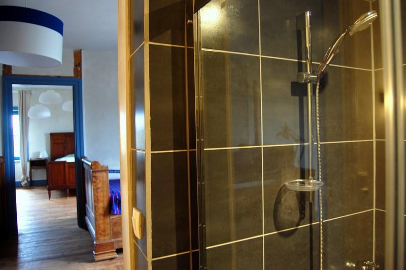 mini salle de bain 16 le montellier. Black Bedroom Furniture Sets. Home Design Ideas